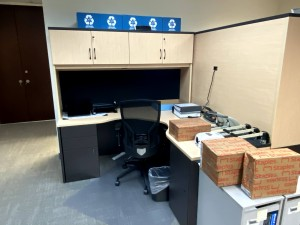 L-Shaped Desk with Hutch